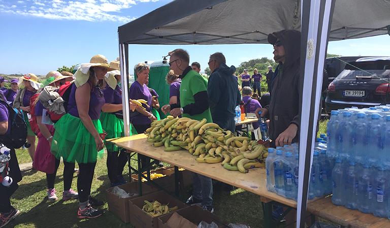 Bod med bananer og Farris.